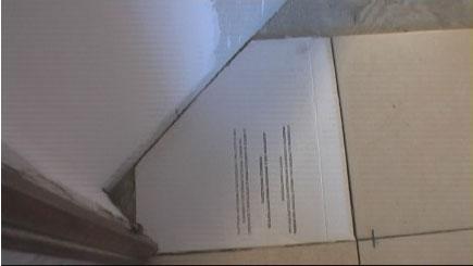 Come posare le piastrelle di un pavimento in diagonale con for Piastrelle 2 mm